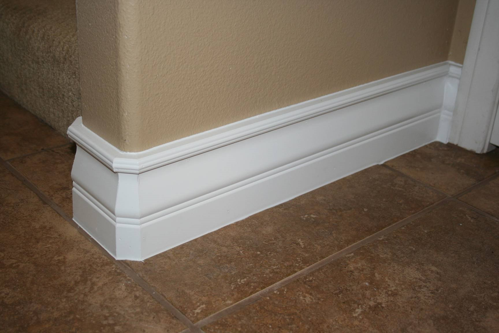 Base board styles art deco molding art deco style trim for Art deco baseboard molding